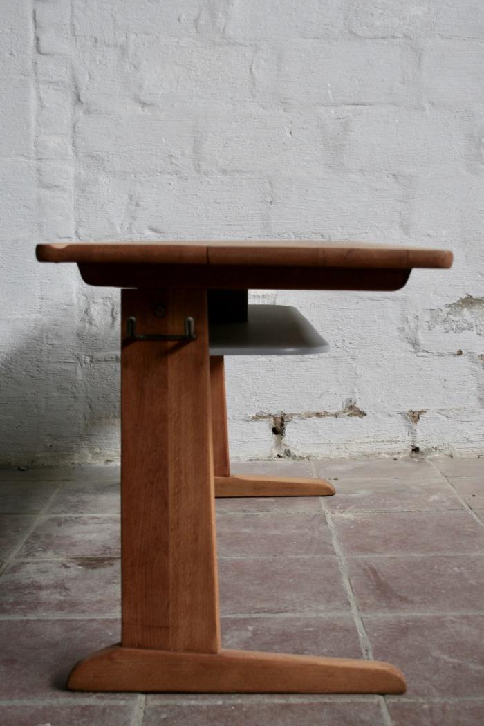 Cassala kinderbureau + stoelen